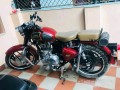 royal-enfield-classic-350-small-2