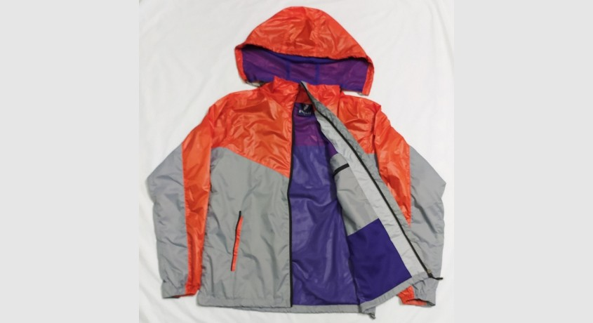 windcheaters-for-both-men-and-women-big-0