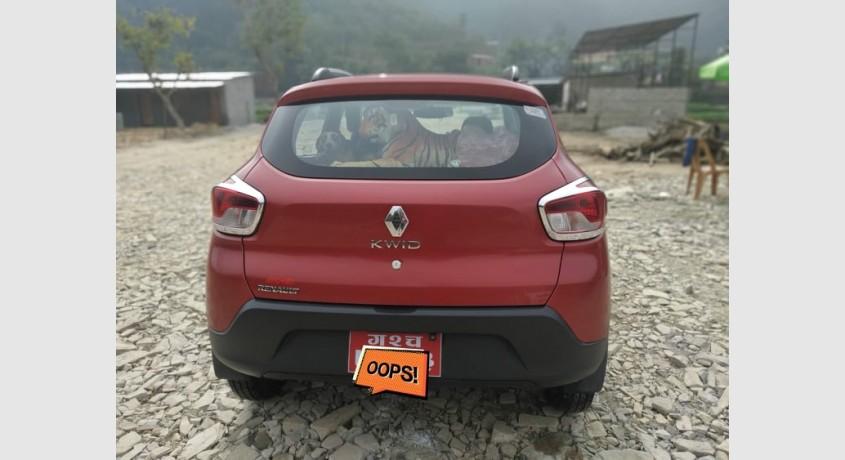 reanult-kwid-10-car-on-urgent-sale-big-3