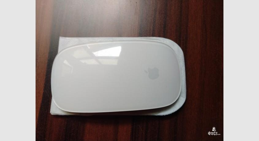 apple-magic-mouse-and-keyboard-1-big-1
