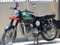 royal-enfield-350cc-bullet-small-0