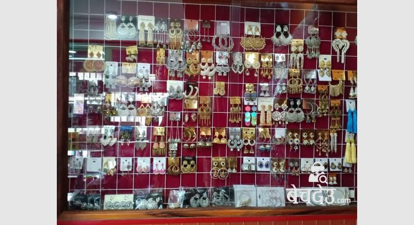 cosmetics-shop-for-sell-at-baluwatar-big-2